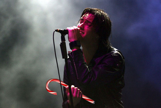 julian casablancas wishes you a merry christmas saturday night livestyle - Saturday Night Live Christmas Song