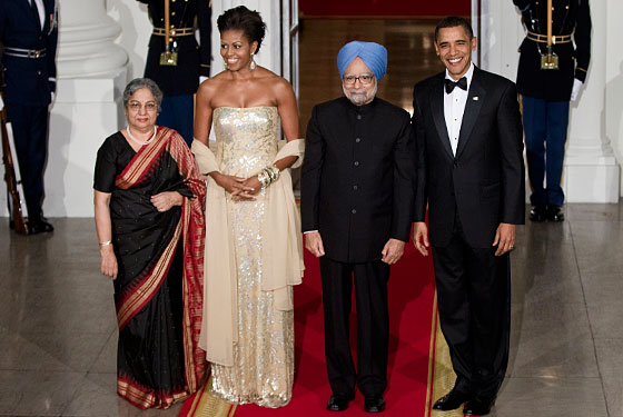 Michelle Obama Wears Naeem Khan and Desirée Rogers Wears Comme des Garçons to State Dinner