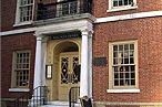 Valentine&#8217;s Day Massacre: Fraunces Tavern Will Close Saturday