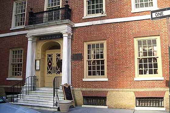 Fraunces Tavern Lives On