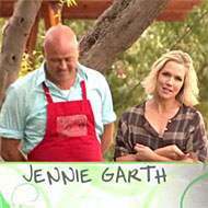 Jennie Garth Is Poised to Make 9,0210 Lettuce Puns