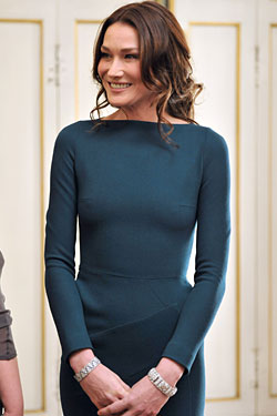 carla bruni boobs
