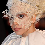 Gaga Bugs Out on Shutterbug