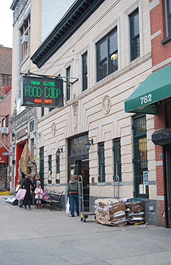 The Park Slope Co-op Makes More Money Than Whole Foods