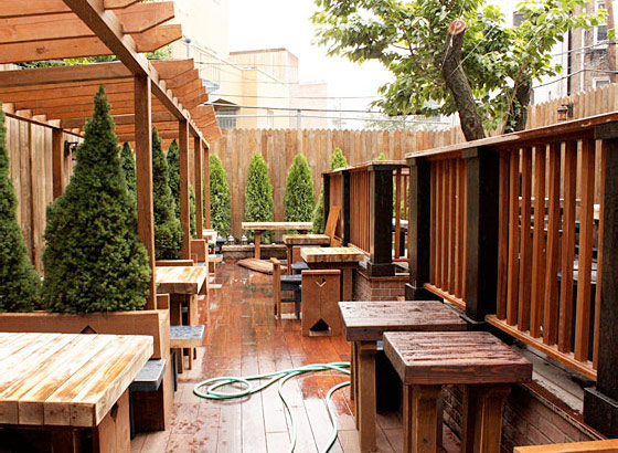 What to Eat and Drink at Williamsburg's New Beer Garden, Old Rooster