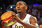 Ron Artest Is a Fan of Cheeseburgers
