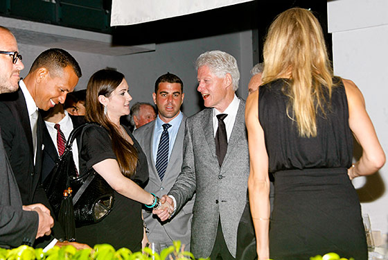 Is that JWoww meeting Bill Clinton?