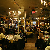 Carmine 39 s times square new york magazine restaurant guide for Carmines nyc