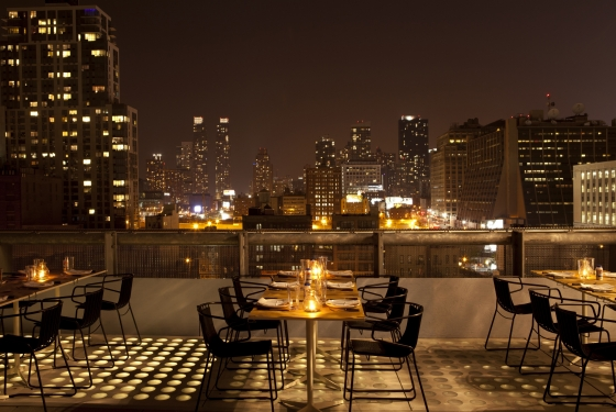 Bar buzz rooftop bars summer 2012 new york magazine for La piscine pool bar restaurant