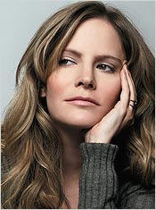 Hollywood Royalty Jennifer Jason Leigh Is Happiest On The Fringes