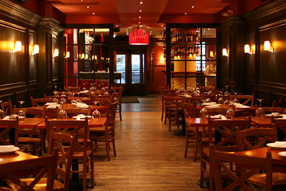 Top 5 mario batali joints new york visitor 39 s guide for Unique hotels nyc