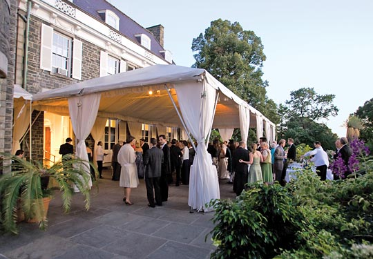 New York Wedding Guide The Reception Planning A Tent Wedding For
