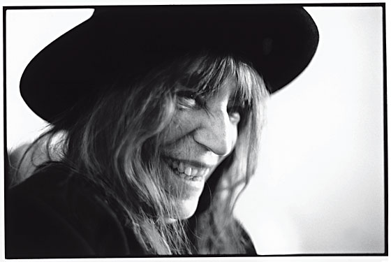 Patti Smith Recounts Her Life With Robert Mapplethorpe in ...