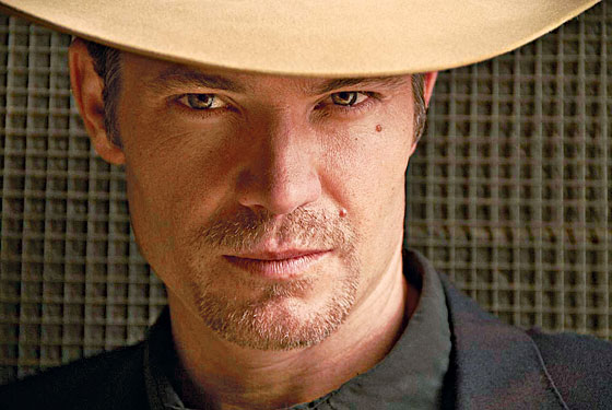 Timothy Olyphant Plays U.S. Marshal Raylan Givens in the FX Series ... 7862d7867037