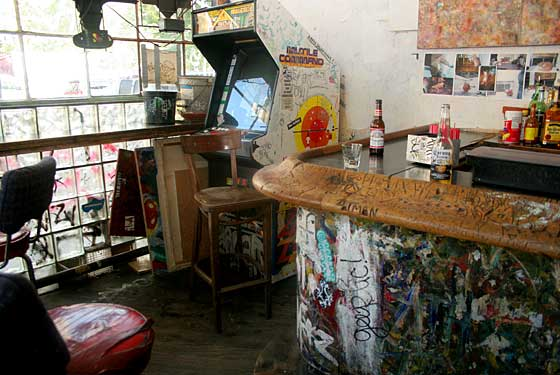 Top Five Dive Bars In New York City New York Magazine